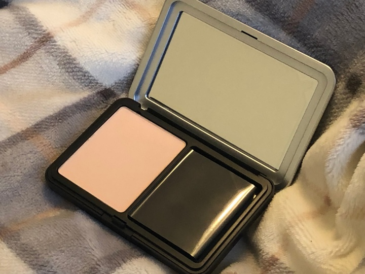 MUFE Matte Velvet Skin Blurring Powder Foundation